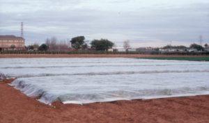 instalacion-de-cubierta-flotante-en-coles-chinas-1515069212