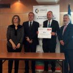 Entrega del certificado a Grupo Cajamar